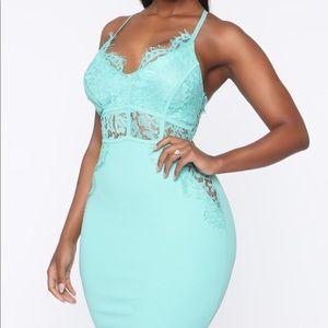 NWT lace mint dress size Small